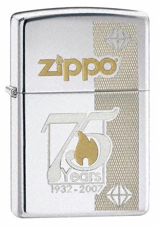 Широкая зажигалка Zippo 75th Anniversary Commemorative 24058 - фото 4812