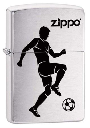 Широкая зажигалка Zippo Soccer Player 29201 - фото 6048