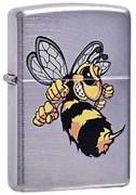 Широкая зажигалка Zippo Angry hornet 23647
