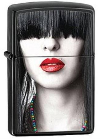 Широкая зажигалка Zippo Woman Red Lips 28536 - фото 4728