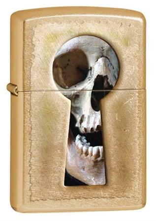 Широкая зажигалка Zippo Keyhole Skull 28540 - фото 4731