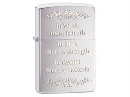 Широкая зажигалка Zippo In Wine There Is Truth 28647 - фото 4745