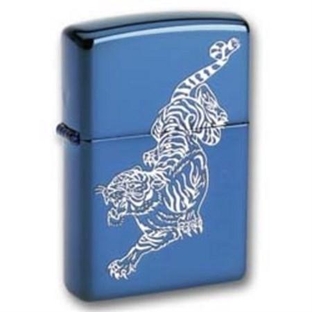Широкая зажигалка Zippo Tigre 20446 - фото 5059