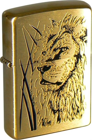 Широкая зажигалка Zippo Proud Lion 204B - фото 6460