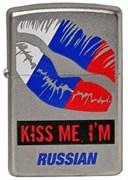 Широкая зажигалка Zippo Kiss me Im Russian 205
